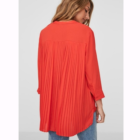 Vero Moda Off-shoulder 3/4 Sleeved Blouse Women Red Clearance 2018 Free Shipping Popular Buy Cheap Fashionable Buy Cheap Fashion Style Cheap Good Selling 8u1Z2qc2